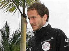 Patrick Müller auf dem Weg ins Training.