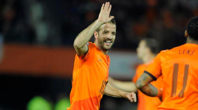 Rafael van der Vaarts «Oranje» ist auf Kurs.