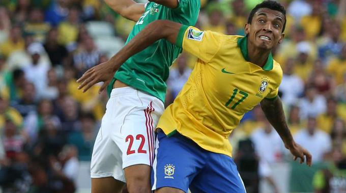 Luiz Gustavo: England lockt.