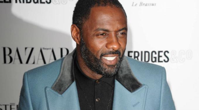 Idris Elba ist wieder Single.