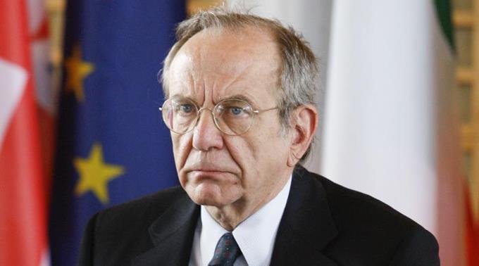 Der italienische Wirtschaftsminister Pier Carlo Padoan traf sich gestern mit der EU-Wettbewerbskommision.