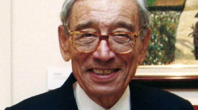 Boutros Boutros-Ghali. (2002)